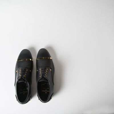 Leather Derby w/ Gold