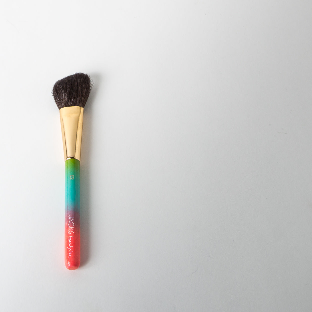 Brush no.13 - Rouge & Contouring