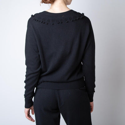 Romantic Timeless V-Neck Pullover