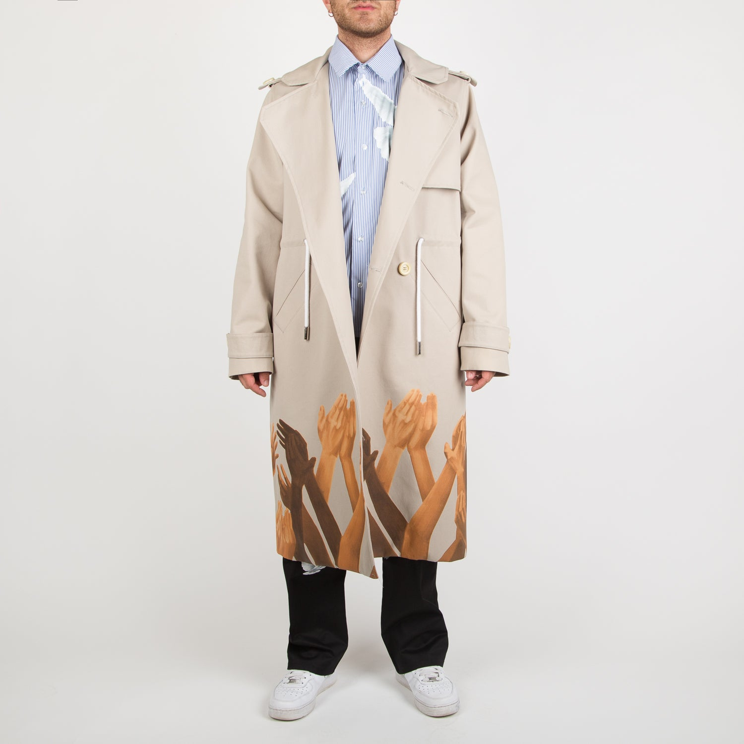 Judy trench coat in beige with print by 3.Paradis at Secret Location