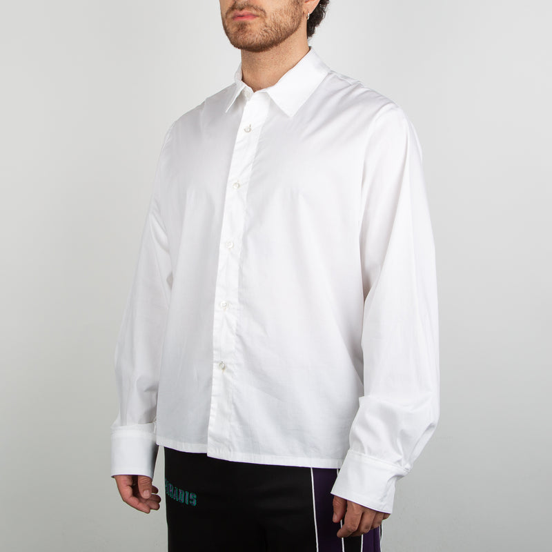 fashionable white button up shirt by 3.Paradis at Secret Location Concept Store