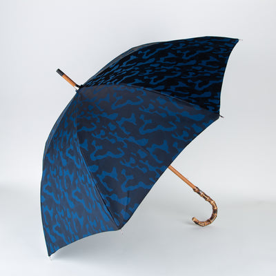 secret-location-concept-store-pasotti-umbrella-camouflage