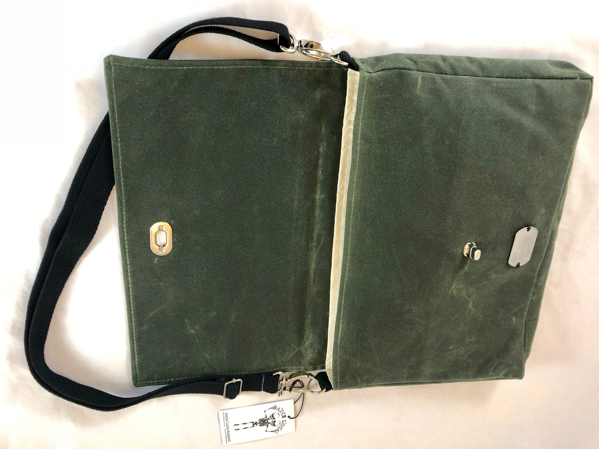 Waxed Canvas Messenger - Olive - Sadie Luca