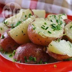 Side Garlic Potatoes