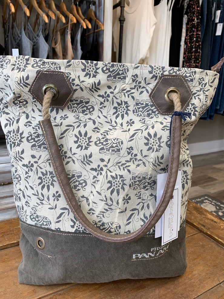 Canvas Grey White Floral