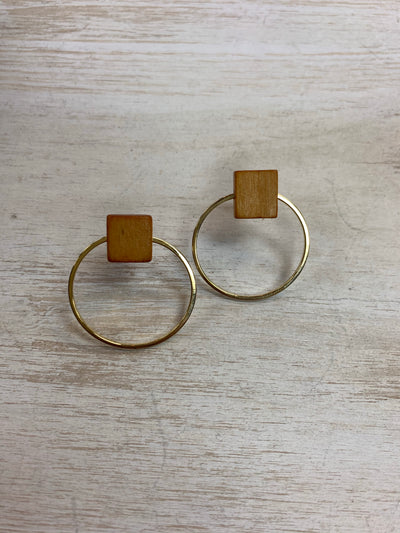 Camel Box Earrings