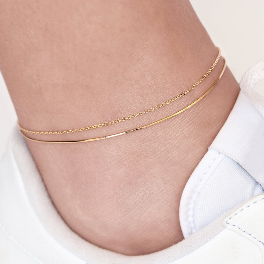 Gemini Twin Chain Anklet on model - gold