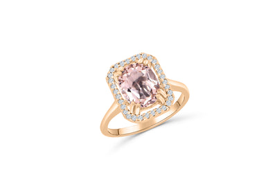 14K Rose Gold solitaire engagement ring with a 2.69 CT oval-cut kunzite center stone. Surrounding the center stone is a cushion-shaped halo of diamonds