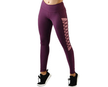 Brace Legging in Grape Wine