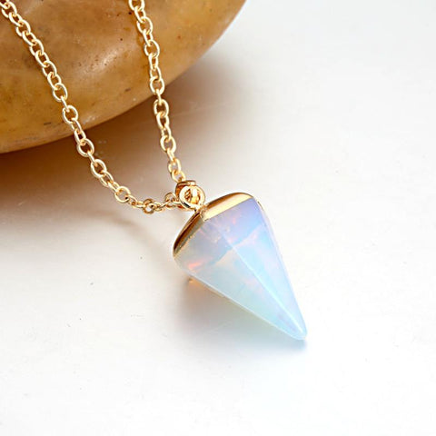 Tapered Faux Stone Pendant Necklace