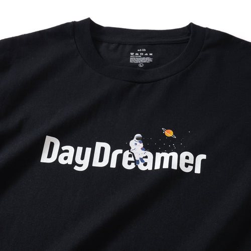 (ZT351) Astronaut DayDreamer Graphic Tee