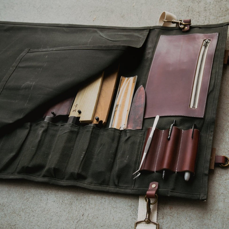 Proper Knife Roll