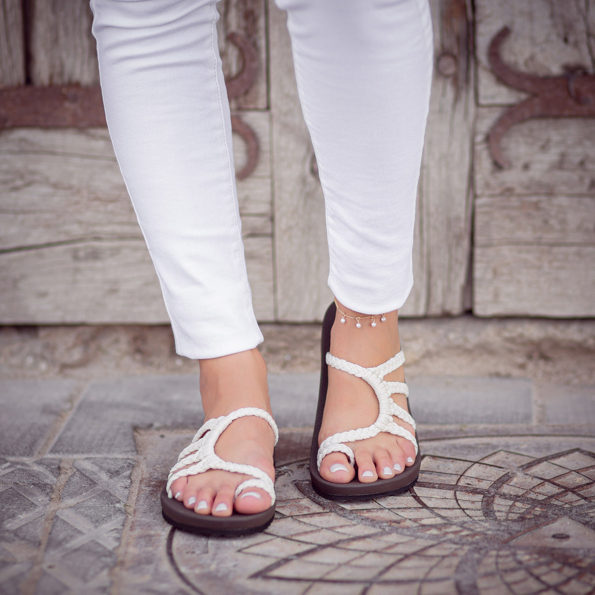 Relief Flip Flops for Women with Arch Support | Pearl