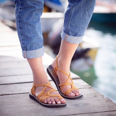Palm Leaf Flat Women's Sandals | Sand-Yellow