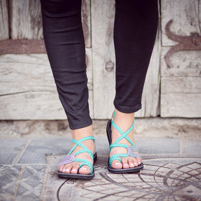 Palm Leaf Flat Women's Sandals | Turquoise-Zebra