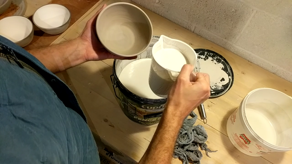 A Beginners Guide To Making Your Own Pottery Glaze - Step by Step