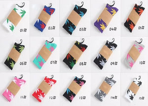 Weed Design Socks Random Delivery / One Size