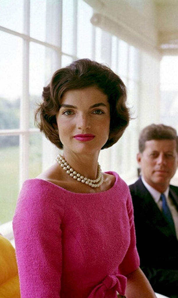 Famous Pearl Lovers: The Icons of Style