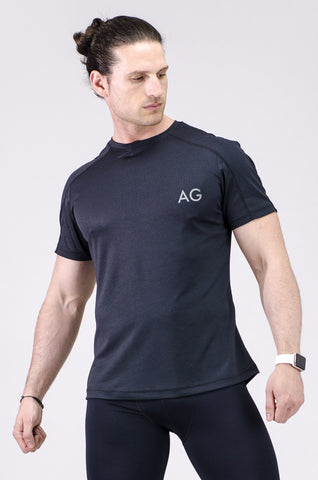 Image of a man wearing a black gym t-shirt from AIM Athleisure