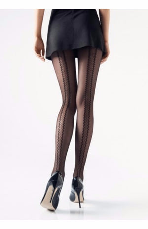 Elegant tights with a sensual, unique back seam 20den