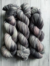 Graphite, with a hint of rose, BFL High Twist