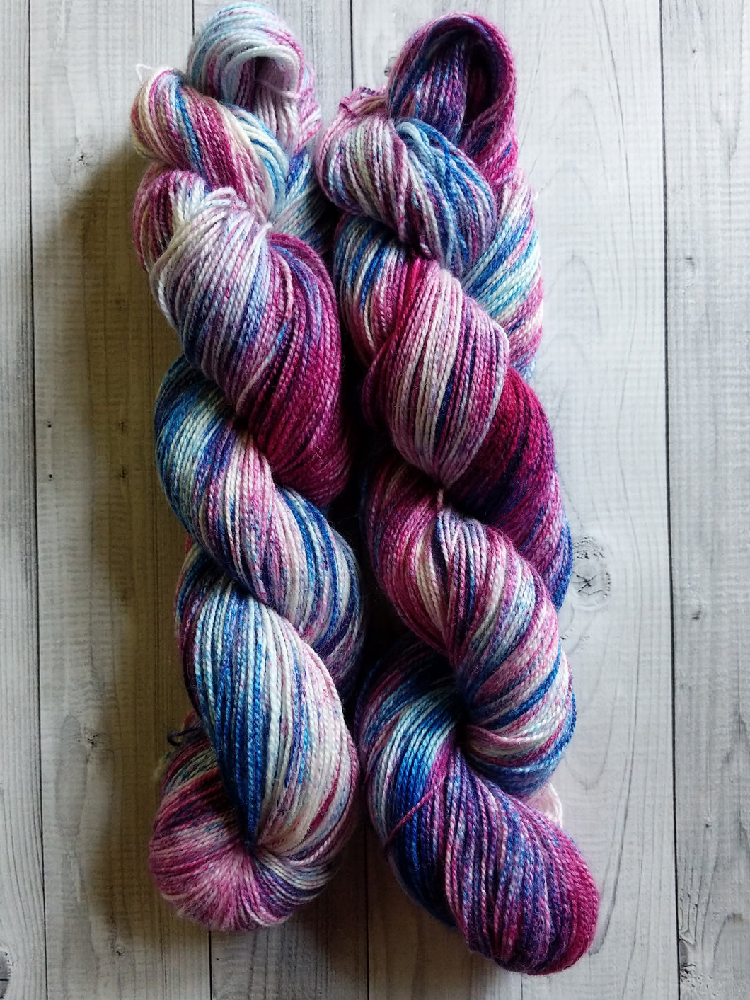 Purple Jasper, Speckles, BFL High Twist