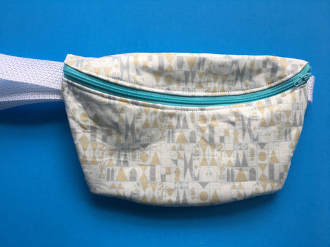 Small Hall Fanny Pack
