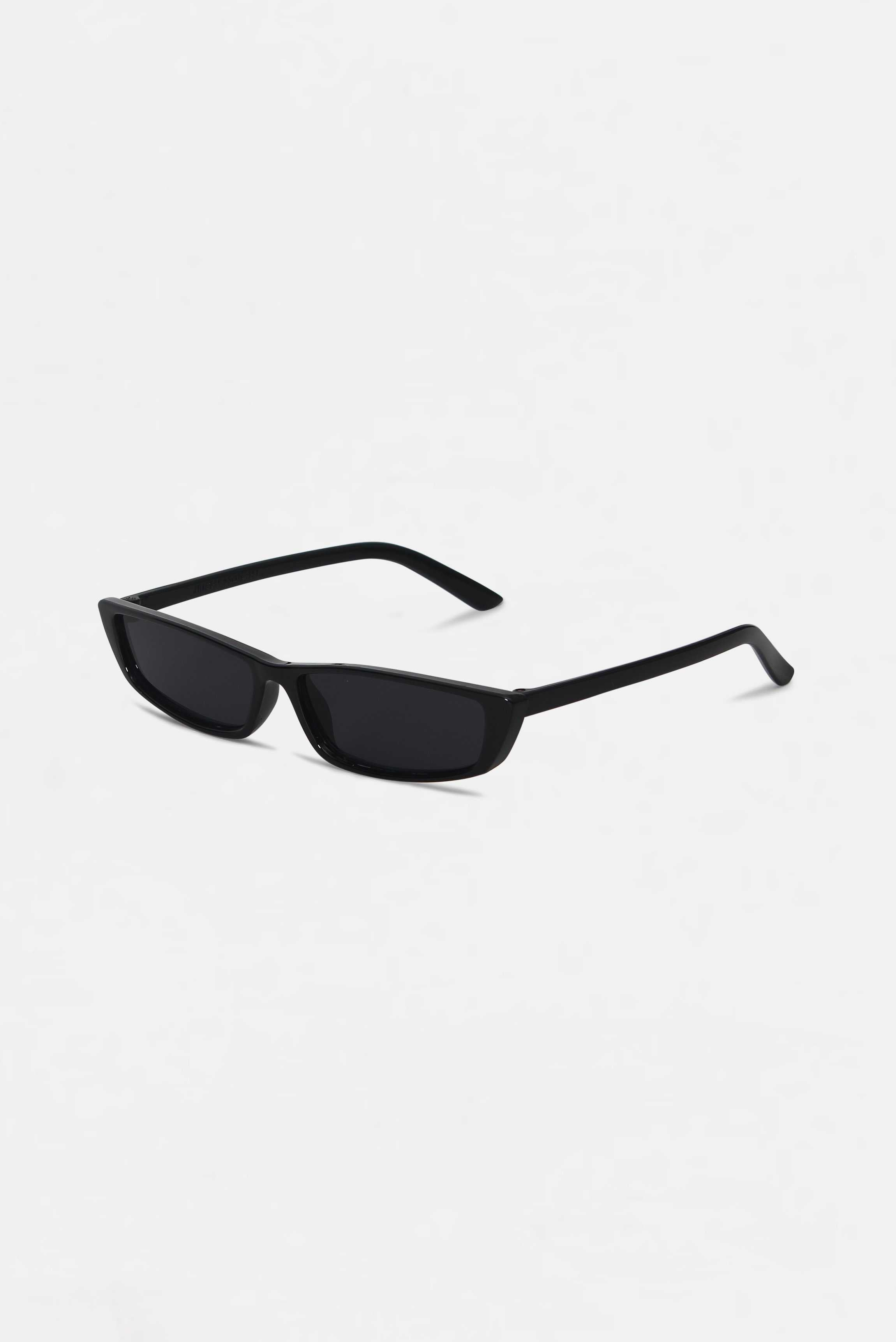 Retro Black Square Frame Sunglasses