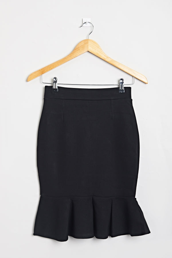 Ruffled Hem Short Skirt Black | Raw Orange