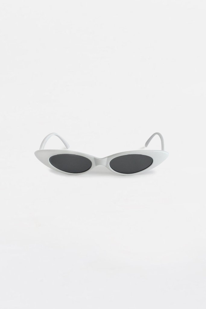 Lolita Oval Sunglasses Black