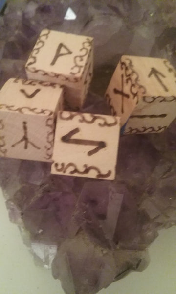 Yggdrasil Sunset Rune Dice Set