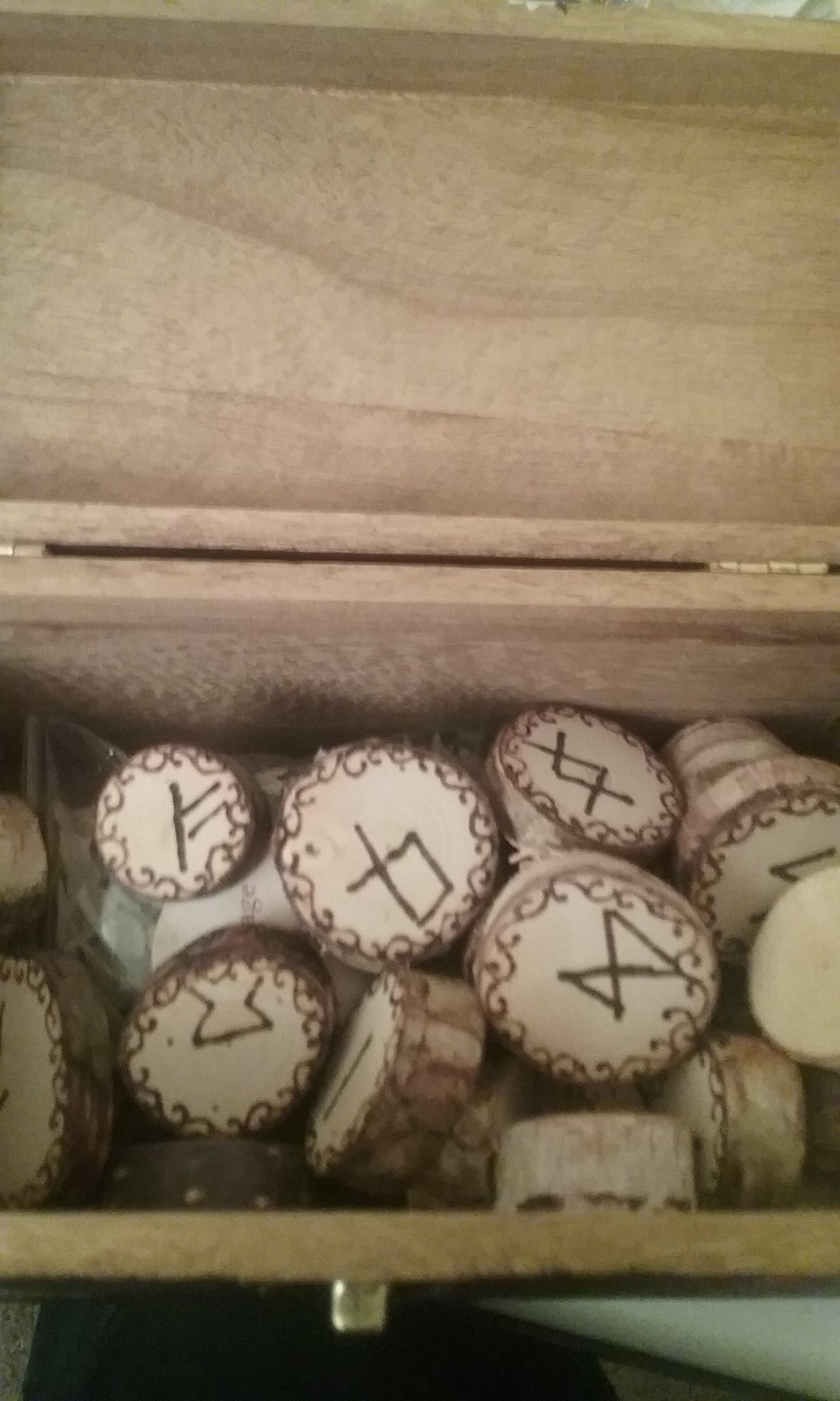 Equinox Moon Elder Futhark Rune Set