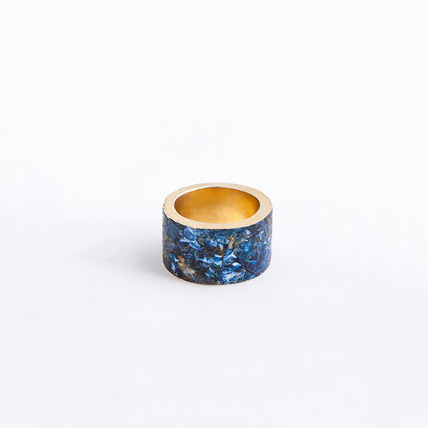 THE COSMIC THICK AND THIN RINGS MADE BY LAMCY 藍秋燕 CONTEMPORARY JEWELRY DESIGNER.  IT IS MADE BY STERLING SILVER WITH ACRYLIC COLOUR PAINTING ON TOP, COVERED WITH RESIN, MADE TO BE WORN AS RINGS OR PENDANTS. THE BEST OPTION IS MIX AND MATCH WITH OTHER OTHER COLOURED AND BASIC RINGS. THE RING IS INSPIRED BY COSMIC AND UNIVESE IN BLUE. HANDMADE IN HO CHI MINH CITY, VIETNAM. SHIP WORLDWIDE FROM HONG KONG AND VIETNAM.