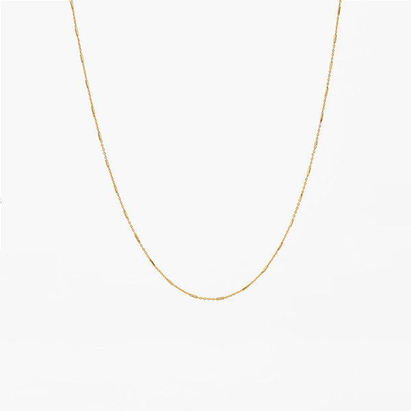 BASIC GOLD CHAIN BY LAMCY 藍秋燕 IN STERLING SILVER, 24K PLATED GOLD. AVAILABLE IN GOLD AND SILVER.  BEST TO MIX AND MATCH WITH RINGS AND PENDANTS. MADE IN HO CHI MINH CITY. WORLDWIDE SHIPPING FROM HONG KONG AND VIETNAM.