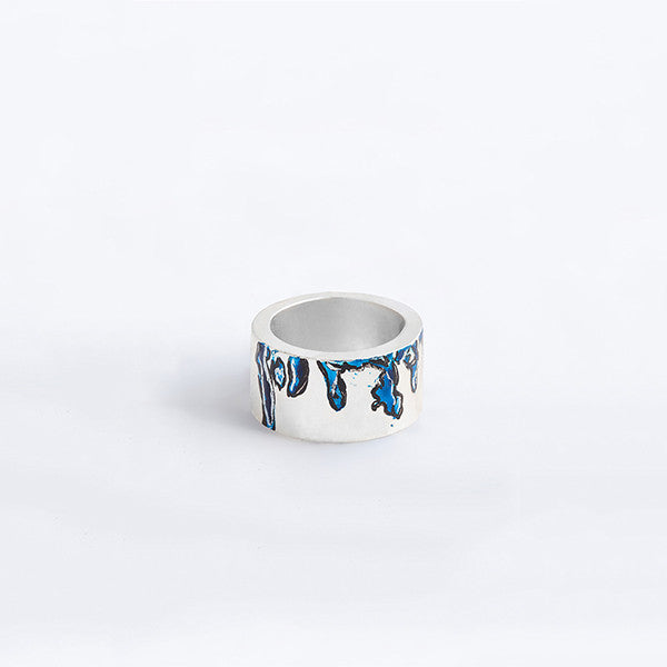 THE WATERCOLOUR DROPS THICK RINGS MADE BY LAMCY 藍秋燕 CONTEMPORARY JEWELRY DESIGNER. IT IS AN EXTENDED VERSION OF WATERCOLOUR RINGS.  IT IS MADE BY STERLING SILVER WITH ACRYLIC COLOUR PAINTING ON TOP, COVERED WITH RESIN, MADE TO BE WORN AS RINGS OR PENDANT. THE BEST OPTION IS MIX AND MATCH WITH OTHER OTHER COLOURED AND BASIC RINGS. THE RING IS INSPIRED BY ABSTRACT WATER COLOUR PAINTING IN BLUE. HANDMADE IN HO CHI MINH CITY, VIETNAM. SHIP WORLDWIDE FROM HONG KONG AND VIETNAM.