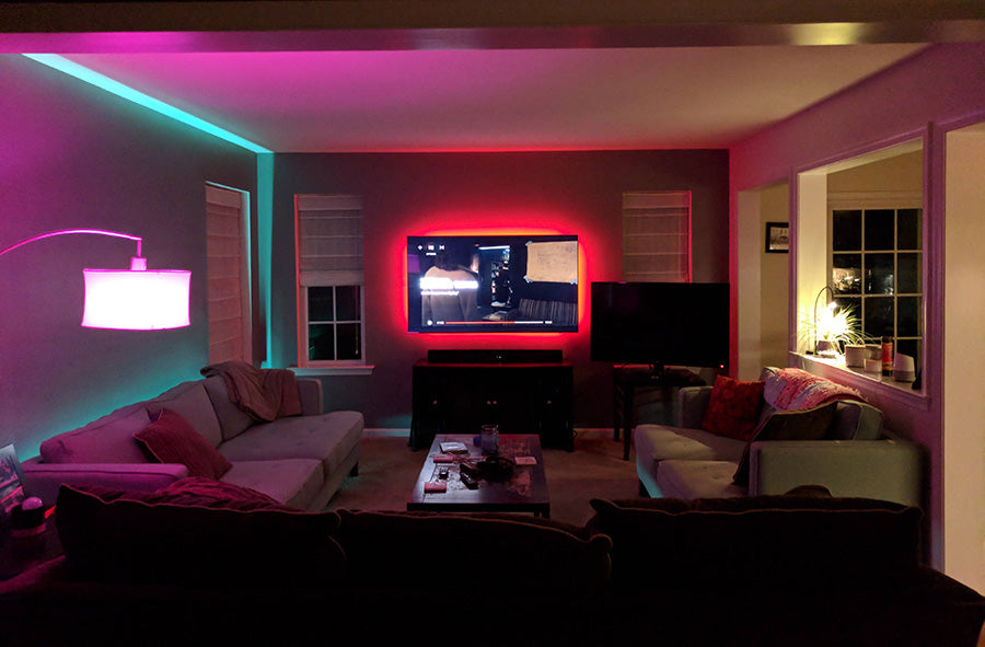 Philips-Hue-Light-Set-Ups-via-reddit