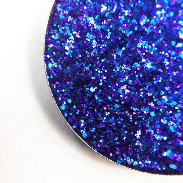 moby pressed glitter purple with blue shift