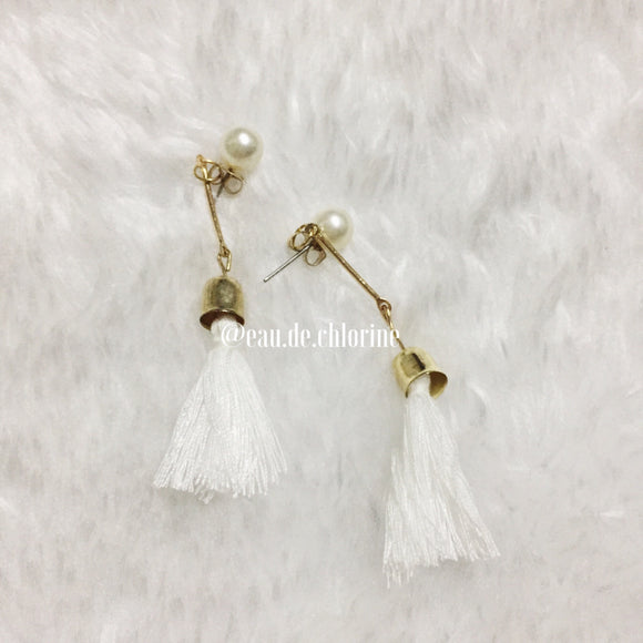 Tassel Earrings with Stud in Chalky White