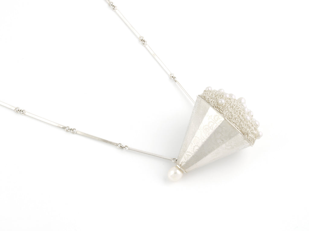 Pearl Facets Necklace