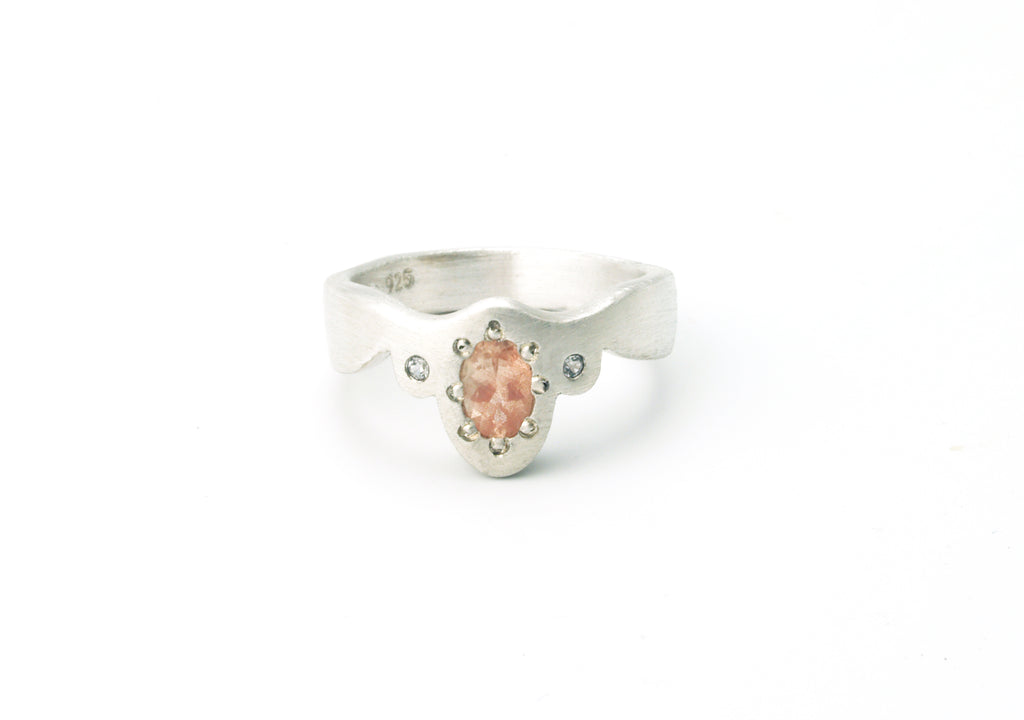 Picot Ring with Oregon Sunstone