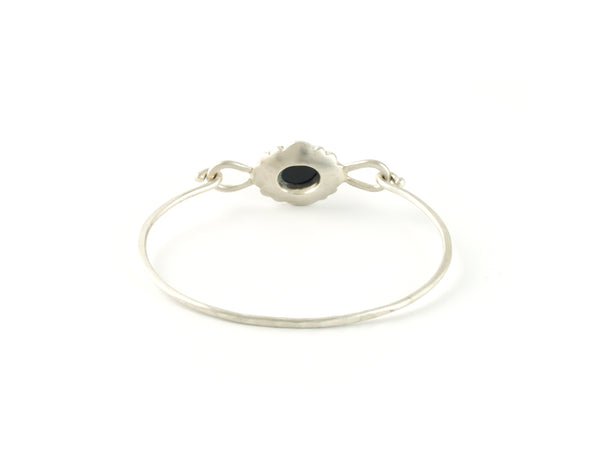 Scallop Oval Bracelet in Argentium Sterling Silver with Australian Spinel