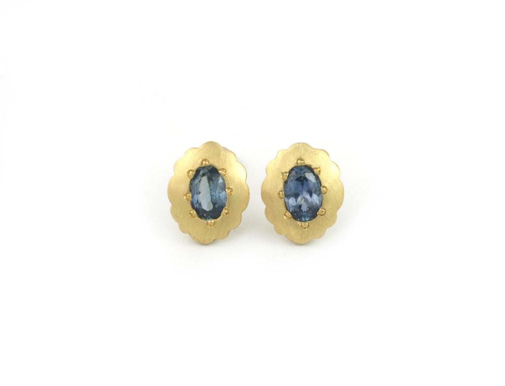 Scallop Oval Stud Earrings in 18k and Montana Sapphires