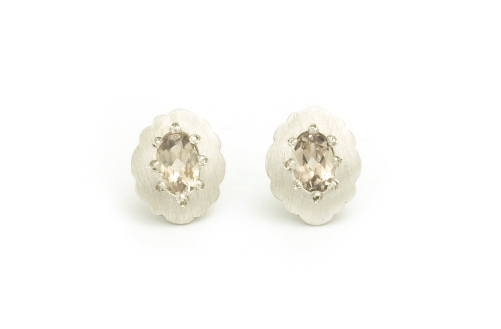 Scallop Oval Studs with Csarite
