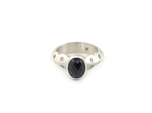 Scallop Ring in Argentium Sterling Silver with Australian Spinel