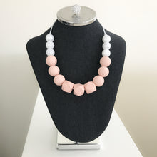 Blushing Mama Teething Necklace