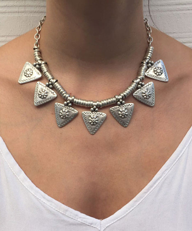 Bohemian Ethnic Chunky Carved Flower Triangle Tassel Choker Statement Necklace Turkish Gypsy Tribal Belly Jewelry Wholesale 6Pcs