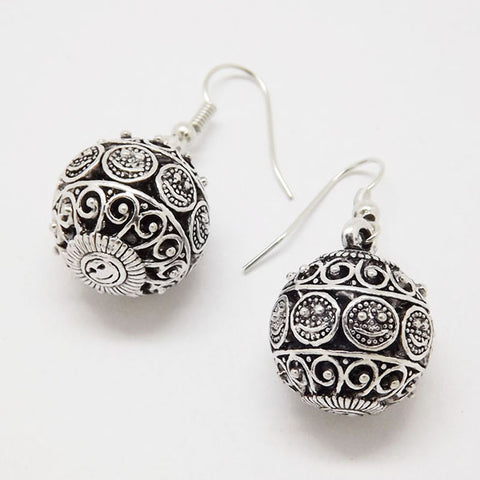 Hollow Ball Vintage Earrings