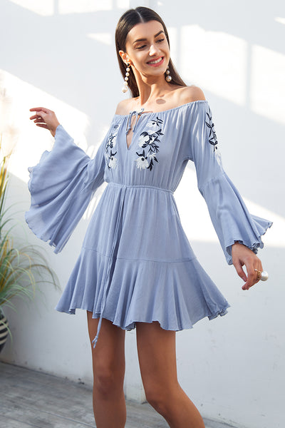 Simplee Sexy off shoulder embroidery jumpsuit romper women Flare sleeve ruffle short playsuit Casual beach summer jumpsuit 2018