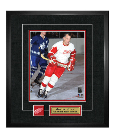 FRAMEWORTH DETROIT RED WINGS HOWE FRAMED 13X15