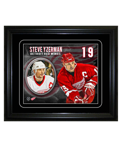 FRAMEWORTH DETROIT RED WINGS STEVE YZERMAN 8X10 PLAYER PORTRAIT
